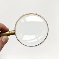 Как сделать собственное увеличительное стекло